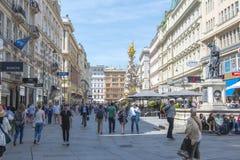 Rue de Graben et colonne de peste au centre de Vienne, Autriche photographie stock libre de droits