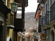 Rue de Jaen où vous trouvez le vieux avec le nouveau Images libres de droits