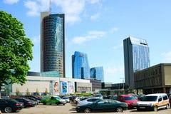 Rue de Konstitucijos de ville de Vilnius avec des gratte-ciel Photographie stock libre de droits