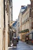 Rue de la Juiverie gata i Nantes, Frankrike Royaltyfri Foto