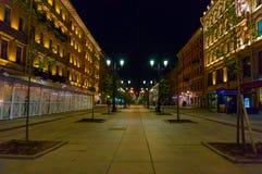 Rue de Malaya Konyushennaya, St Petersbourg, Russie Statue de N V gogol images libres de droits