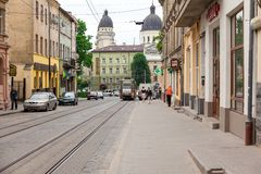 Rue de marche dans la vieille ville Photographie stock