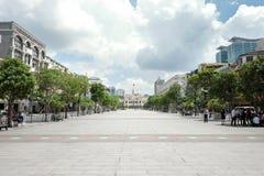 Rue de marche en Sai Gon, Viet Nam images libres de droits