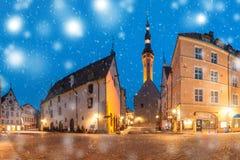 Rue de matin dans la vieille ville de Tallinn, Estonie Photos libres de droits