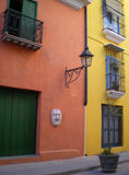 Rue de Mercaderes, La Havane. Photo stock