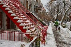 Rue de Montréal en hiver photographie stock
