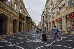 Rue de Nizami dans la ville de Bakou Photographie stock