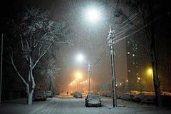Rue de nuit images libres de droits