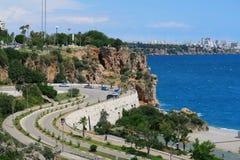 Rue de plage de Konyaalti à l'Oldtown d'Antalya Photographie stock libre de droits