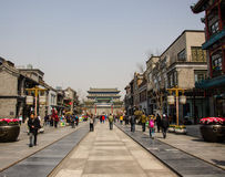 Rue de Qianmen dans Pékin, Chine image libre de droits