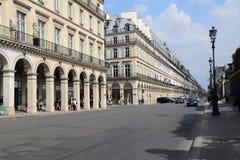 Rue de Rivoli à Paris, France Photographie stock libre de droits