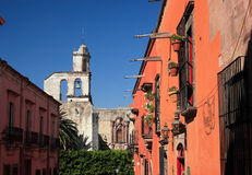 Rue de San Miguel de Allende, Guanajuato, Mexique Images libres de droits