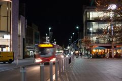 Rue de Southampton le soir photos stock