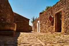 Rue de village de Monsaraz, Portugal images libres de droits