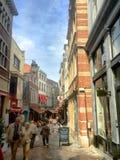 Rue des bouchers στις Βρυξέλλες Στοκ Φωτογραφίες