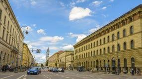 Rue du centre de Munich, Allemagne Photo libre de droits