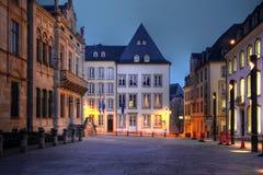 Rue DU Marche-Zusatz-Herbes, Luxemburg-Stadt stockbilder