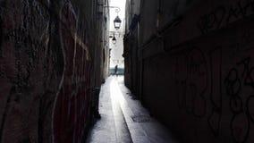 Rue du Prata qui Peche, den mest smala gatan i Paris lager videofilmer