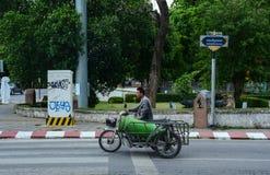 Rue en Chiang Mai, Thaïlande Photos stock