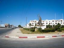 Rue et quai en Tunisie dans temps clair en juillet 2013 Images libres de droits