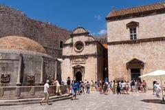 Rue Église de sauveur dans Dubrovnik Photos stock