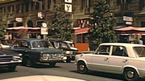 Rue historique de Vittorio Veneto de Rome banque de vidéos