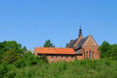 Rue James l'église d'apôtre dans Sandomierz Image libre de droits