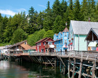 rue ketchikan de crique de l'Alaska Photos stock