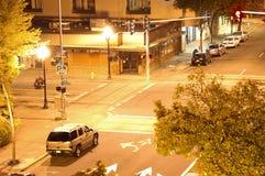 Rue la nuit Image stock