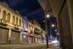 Rue la nuit photos stock