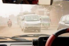 Rue poussiéreuse Katmandou photographie stock libre de droits