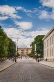 Rue principale Karl Johans à Oslo, Norvège Image libre de droits