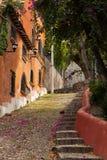 Rue rustique menant vers le haut Image libre de droits