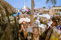 Rue serrée dans le Bengale-Occidental Photographie stock libre de droits