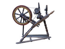 Rueca de madera manual vieja de la rueda de hilado aislada en blanco Fotos de archivo libres de regalías