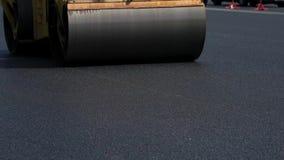 Rueda de acero del compresor del asfalto almacen de video