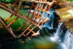 Rueda de agua Imágenes de archivo libres de regalías