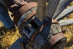 Rueda de carro quebrada Foto de archivo libre de regalías
