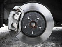Rueda de coche, disco del rotor y freno Imagen de archivo libre de regalías