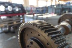 Rueda de engranaje de acero industrial fotos de archivo