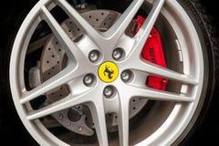 Rueda de Ferrari Fotos de archivo libres de regalías