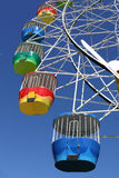 Rueda de Ferris del parque de atracciones Imagen de archivo