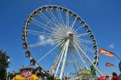 Rueda de Ferris gigante Imágenes de archivo libres de regalías