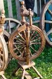 Rueda de hilado de madera Imagen de archivo libre de regalías