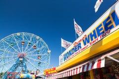 Rueda de la maravilla, Coney Island, Nueva York Imágenes de archivo libres de regalías