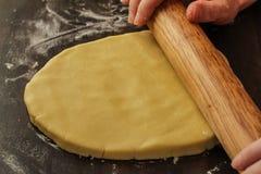 Rueda de nuestra pasta fresca de la galleta Imágenes de archivo libres de regalías