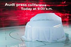 Rueda de prensa de Audi a debut coche imágenes de archivo libres de regalías