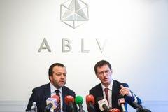 Rueda de prensa en el banco de ABLV Imagen de archivo libre de regalías