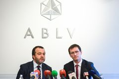 Rueda de prensa en el banco de ABLV Fotografía de archivo libre de regalías