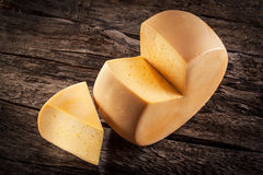 Rueda del queso Imágenes de archivo libres de regalías